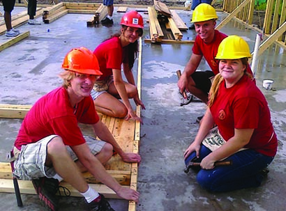 students at habitat for humanity house build