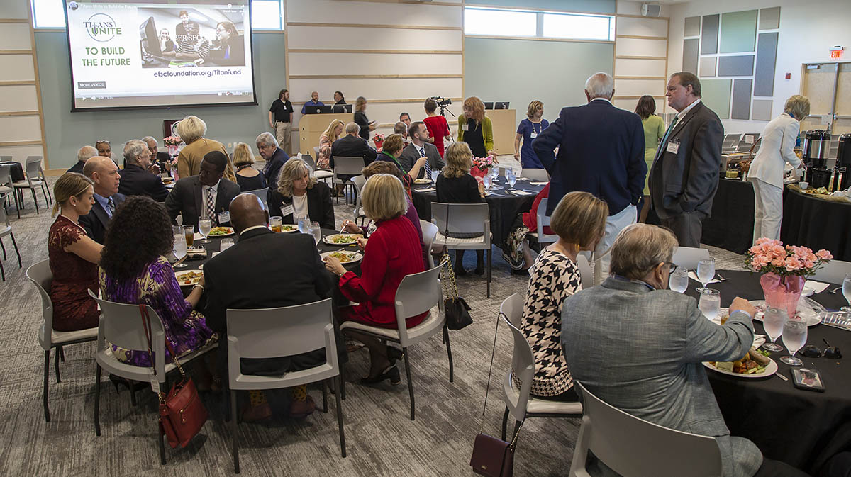 luncheon tables at EFSC student union
